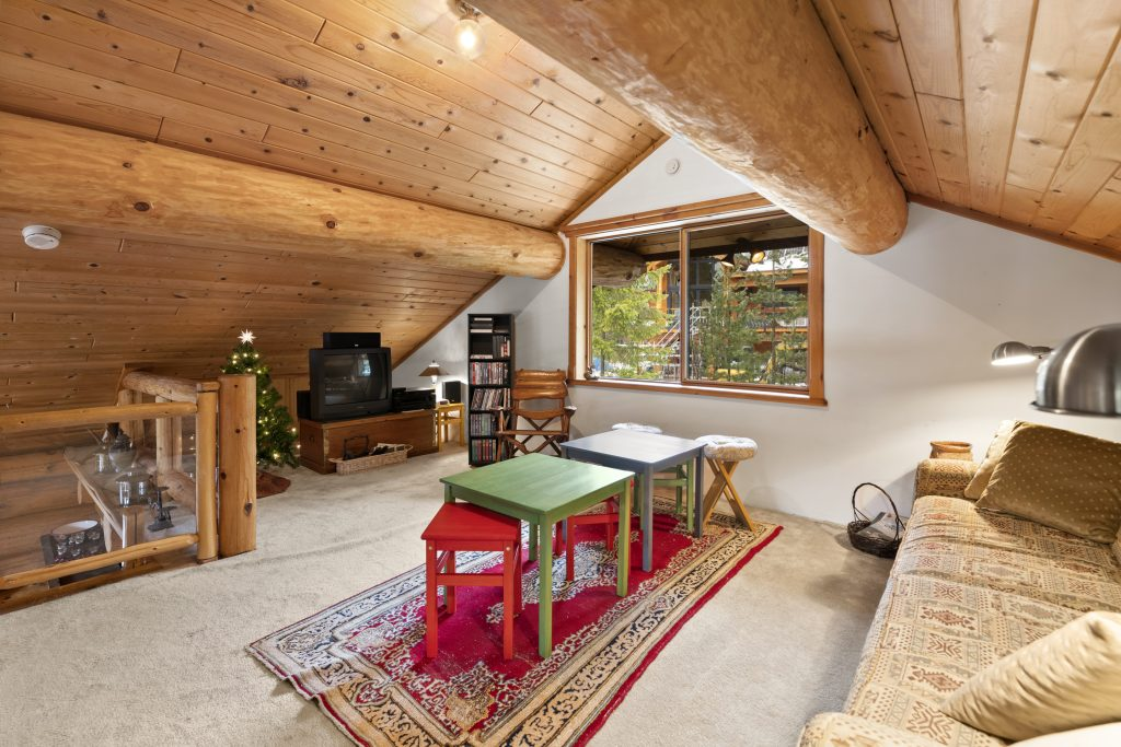 Outsource Real Estate Photo Retouching
