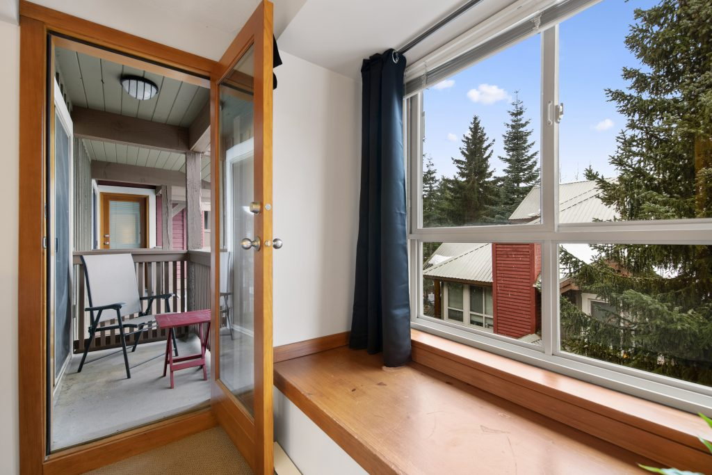Real estate Photo Editing image